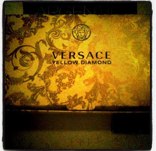 Luxetips Beauty! Versace Yellow Diamond Eau de Parfum