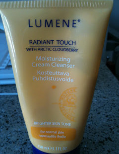 Hot Drugstore Find of the Week: Lumene Radiant Touch Moisturizing Cream Cleanser