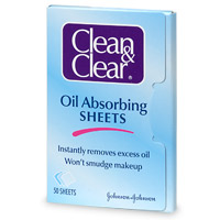Hot Drugstore Find of the Week: Clean and Clear Oil Absorbing Sheets