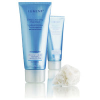 Hot Drugstore Find of the Week: Lumene Arctic Touch Peat-Facial Mask
