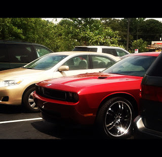 Luxetips Automobiles: 2012 Dodge Challenger: A HOT Car