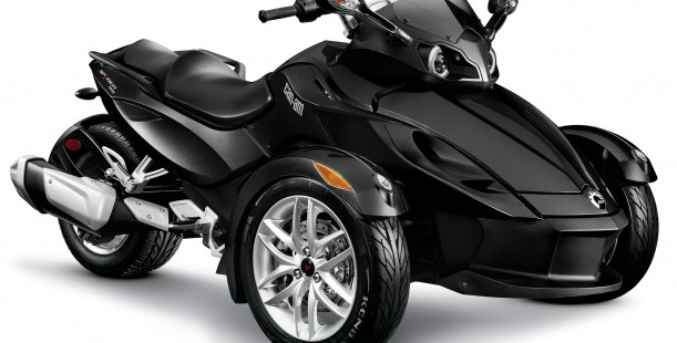 Luxetips Automobiles! Danica Patrick Teams Up With The New 2014 Can-Am Spyder RT