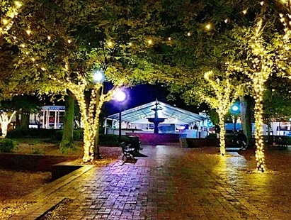 Luxetips Events! Winterwonderland at Marietta Square: Small Town Charm and Family Fun