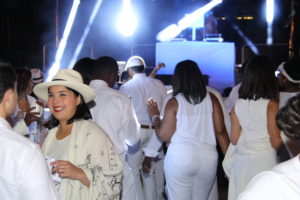 Diner en Blanc 2015 Atlanta photo Tyler Mc Millan -29